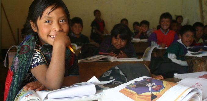 unicef-educacion-latinoamerica-678x330