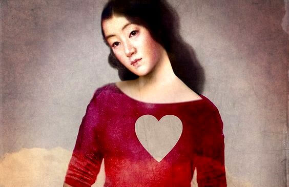 mujer-corazon-recortado