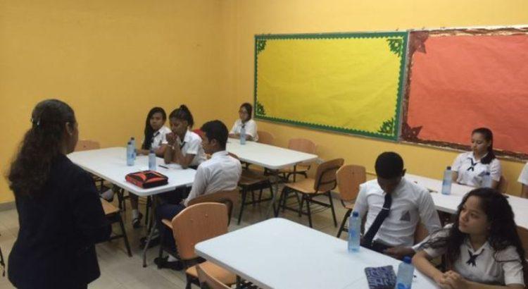 seleccion-escogio-escuelas-ensayos-entrevistas_lprima20161006_0009_26