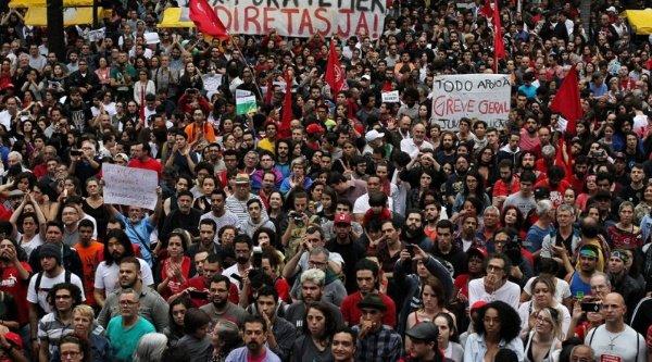 huelga_general_en_brasil_11-11